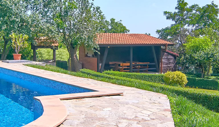 Villa Rosa - holiday villa with pool