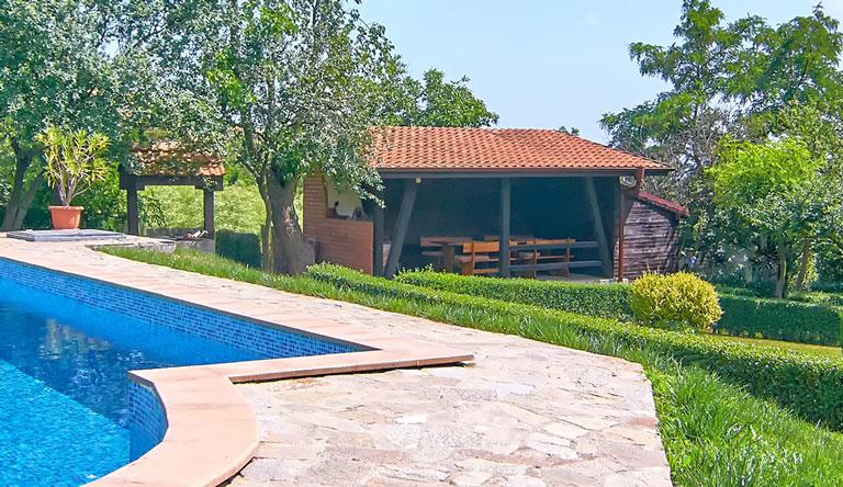 Villa Rosa - holiday villa with pool