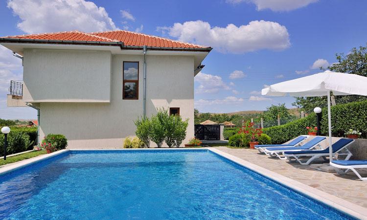 Villa Linda - Holiday Villa in Bulgaria for Rent