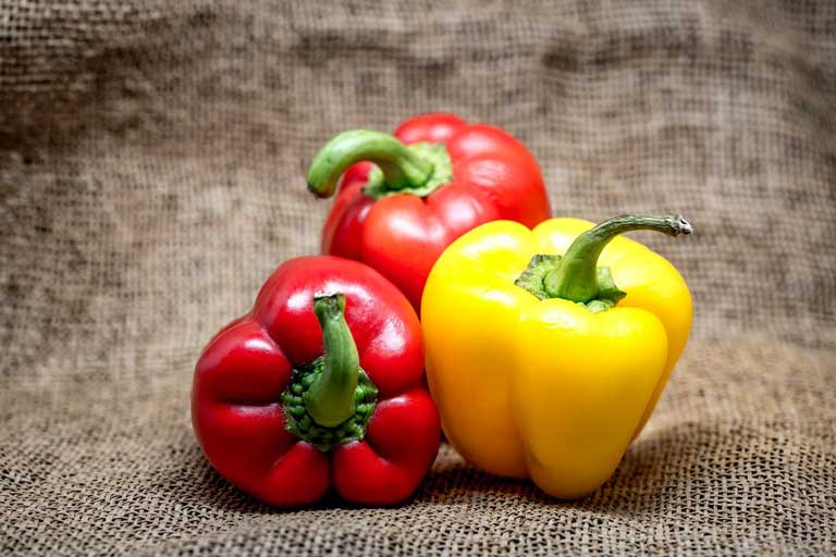 Red bell peppers immunostimulants