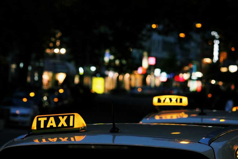 Tips for taxi services in Bulgaria